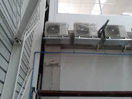 Montaje y mantenimiento de equipos de refrigeración comercial.